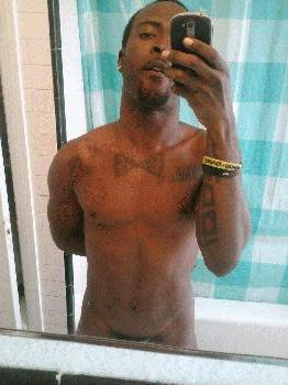 Black Gay Male Rentboy Ace DL Classified Ad it aint trickin if u got it